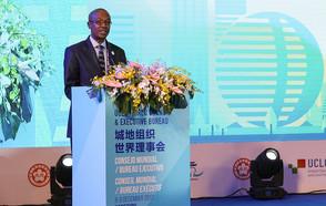 El Presidente de CGLU Parks Tau renueva el compromiso de la red de CGLU de contribuir a las agendas globales